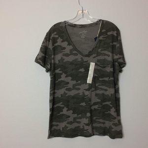 Universal Thread Camouflage Tee Shirt XL